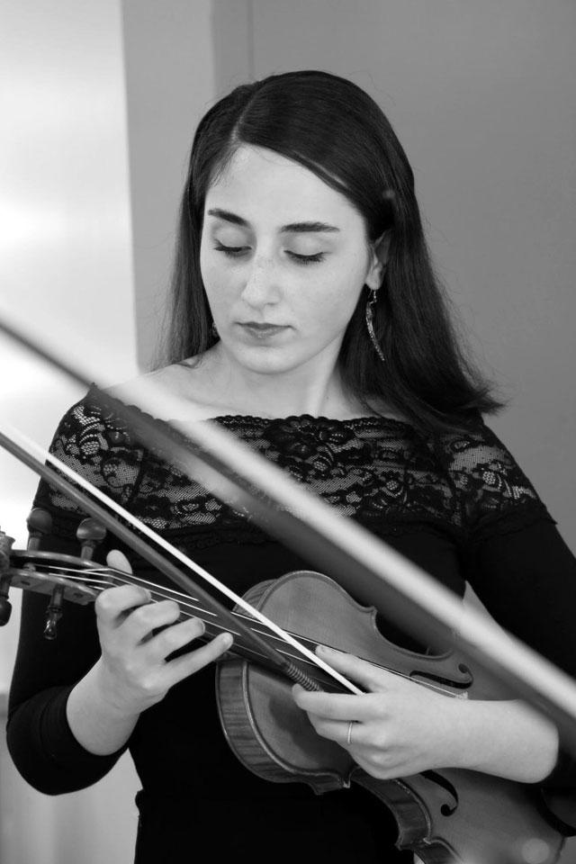 Saba Yousefi